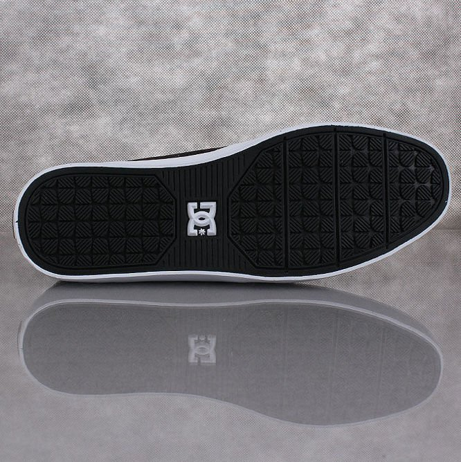 BUTY DC Standard Pirate Black / White