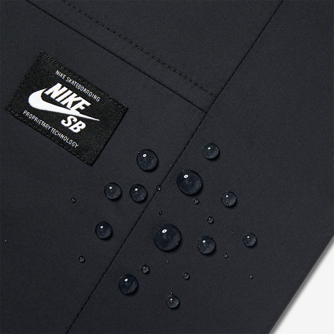 Kurtka NIKE SB Shield Coaches Jacket Black / Cool Grey