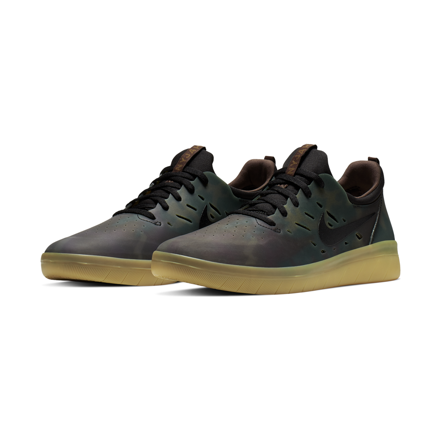 Buty Nike SB Nyjah Free Premium (Multicolor Black Gum Light Brown)