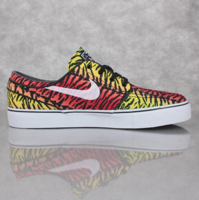 Buty NIKE SB Zoom Stefan Janoski CNVS Chilling Red / White / LCD Green