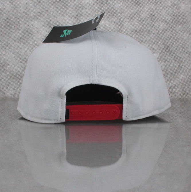 CZAPKA NIKE SB Party Snapback White / Black / Challenge Red